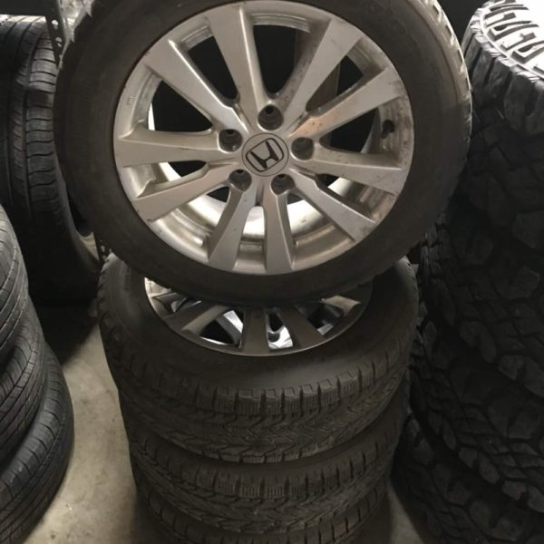 205/55r16 BFg snow tires on Honda rims